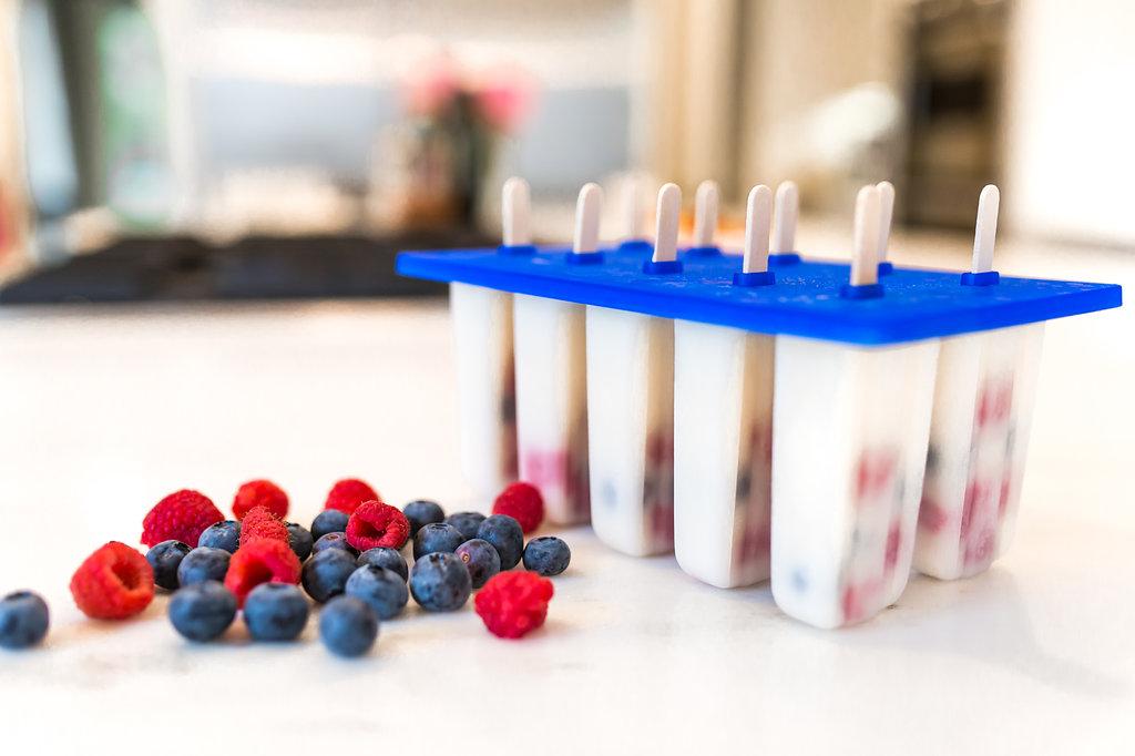 Very Berry Yogurt Popscicles