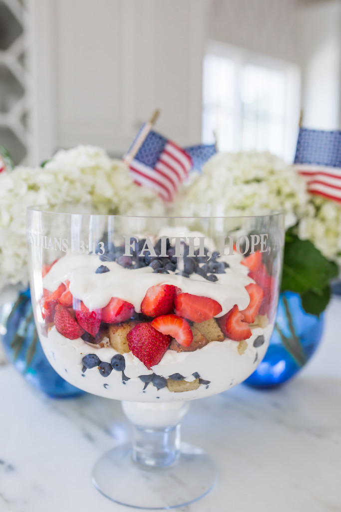 Patriotic Trifle, Red white and blue dessert, July 4th Dessert, Berry Trifle, 4th of July Dessert, Easy July 4th Dessert