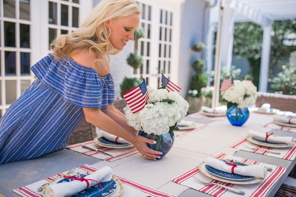 Alicia Wood, Fourth of July Tablesetting, 4th of July Tablescape, July 4th Tablescape, Fourth of July Tablesetting, Dallas Blogger, Food Blogger, Dallas Fashion Blogger, Dallas Lifestyle Blogger, Bamboo Plate, red white and blue table