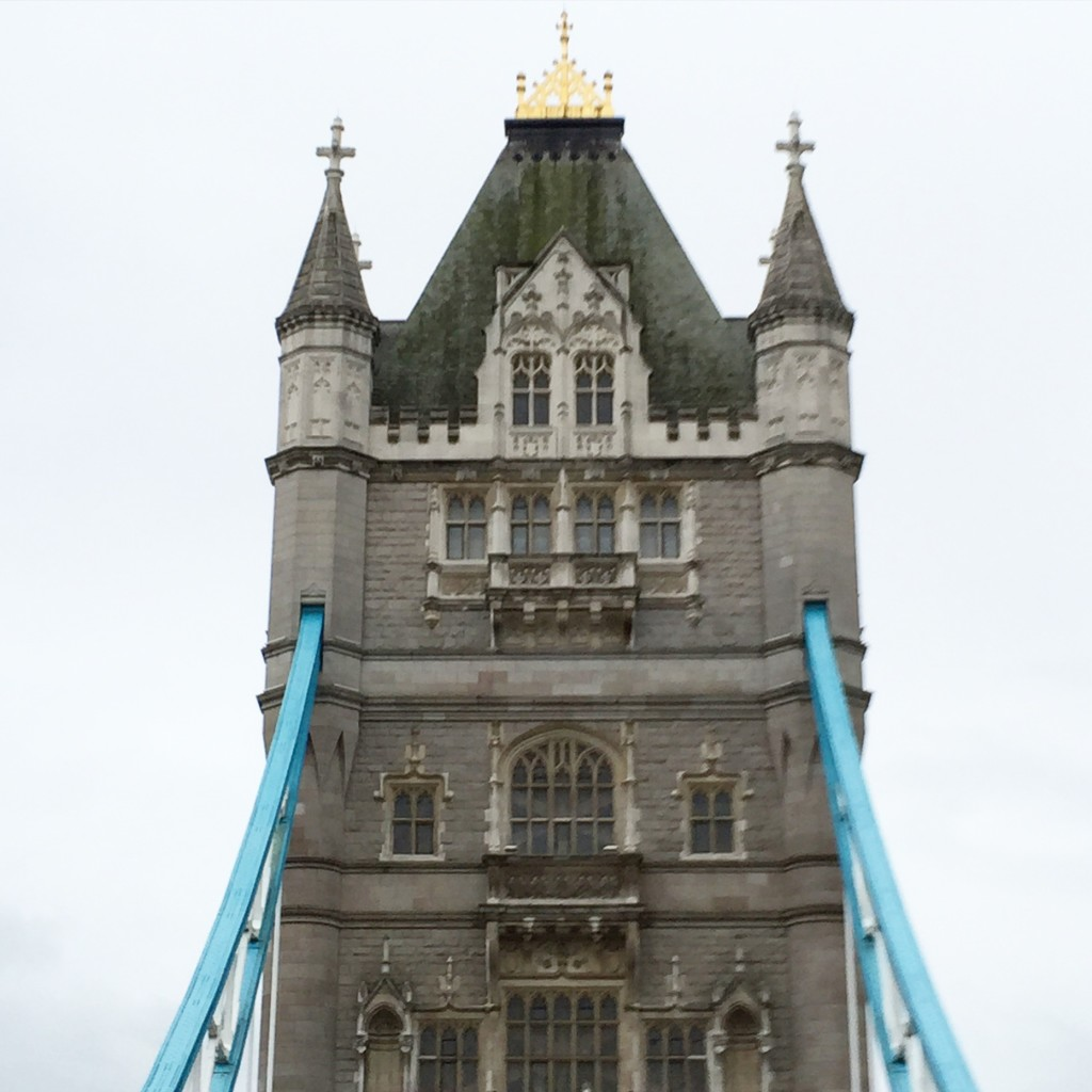 London Bridge, Travel with Kids, London with Kids,How to see London in Four Days, Four Days in London, Dallas Lifestyle Blog, Dallas Fashion Blog, London Itinerary