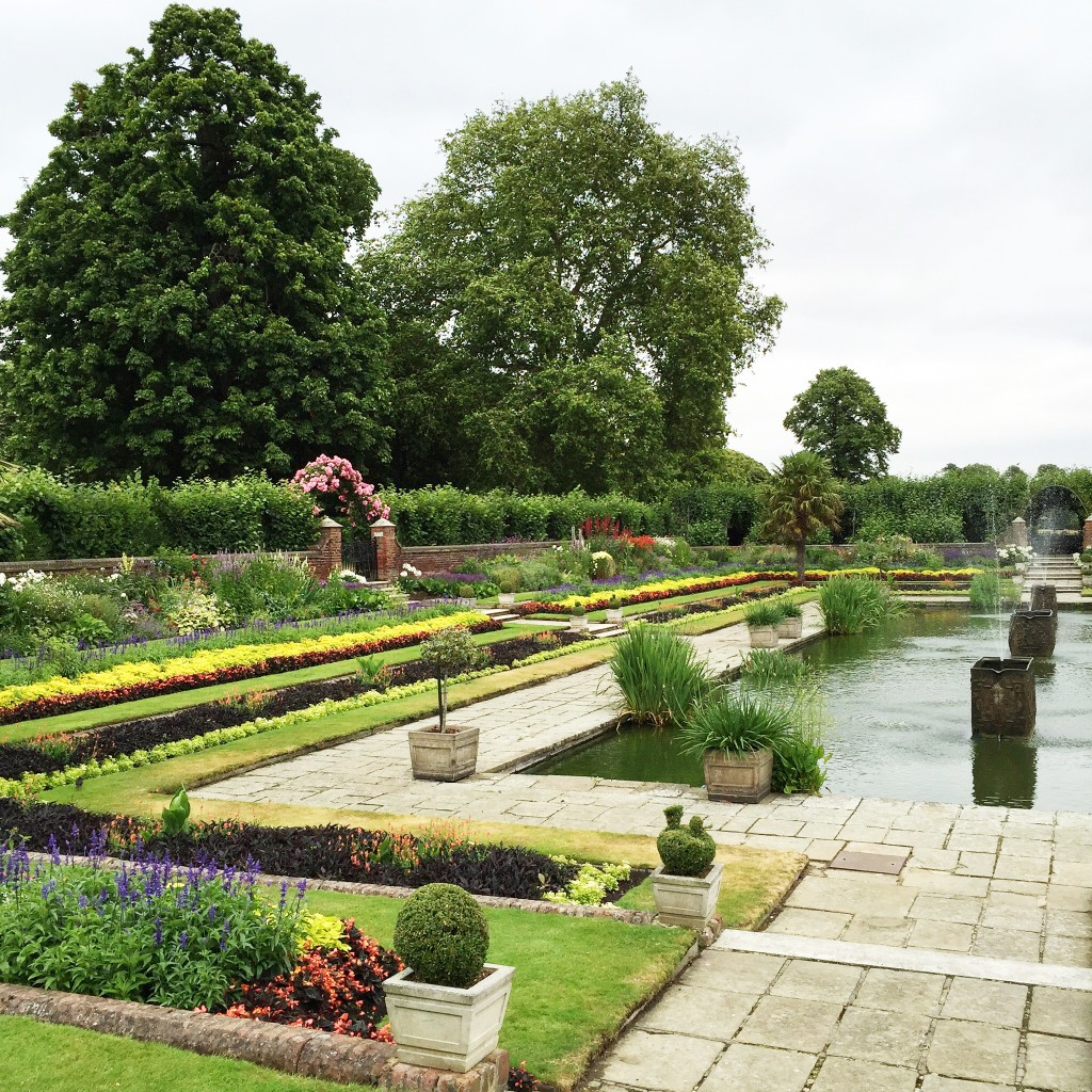 Kensington Gardens, See London With kids, Travel with Kids, London in Four Days, See London in Four Days, London Travel Itinerary, Dallas Lifestyle Blogger, Dallas Travel Blog, Dallas Fashion Blog