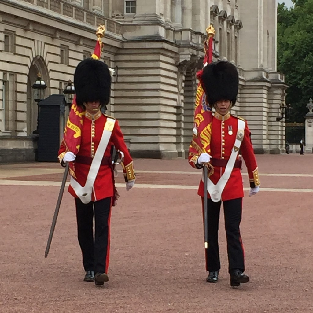Changing of the Guard at Buckingham Palace, London in 4 Days, London in Four Days, Travel Blogger, London Itinerary, London in 4 days Itinerary, Dallas Lifestyle Blog, Dallas Travel Blog, Four Days in London