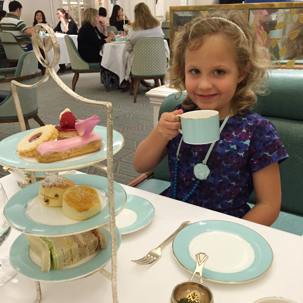 High Tea in London, Fortnum and Mason, Tea at Fortnum & Mason, How to see London in four days, London with Kids, See London in four days, London Itinerary, Dallas Lifestyle Blog, Dallas Travel Blog, Dallas Fashion Blog,