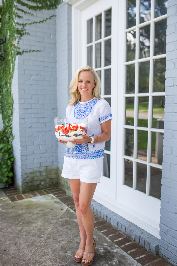 Alicia Wood, Dallas Fashion Blogger, Dallas Lifestyle Blogger, Dallas Food Blogger, Patriotic Trifle, Red white and blue dessert, July 4th Dessert