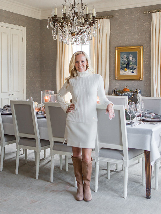 Alicia Wood, Dallas Lifestyle Blogger, What to wear for Thanksgiving, Winter White, How to wear Winter White, Dallas Fashion Blogger