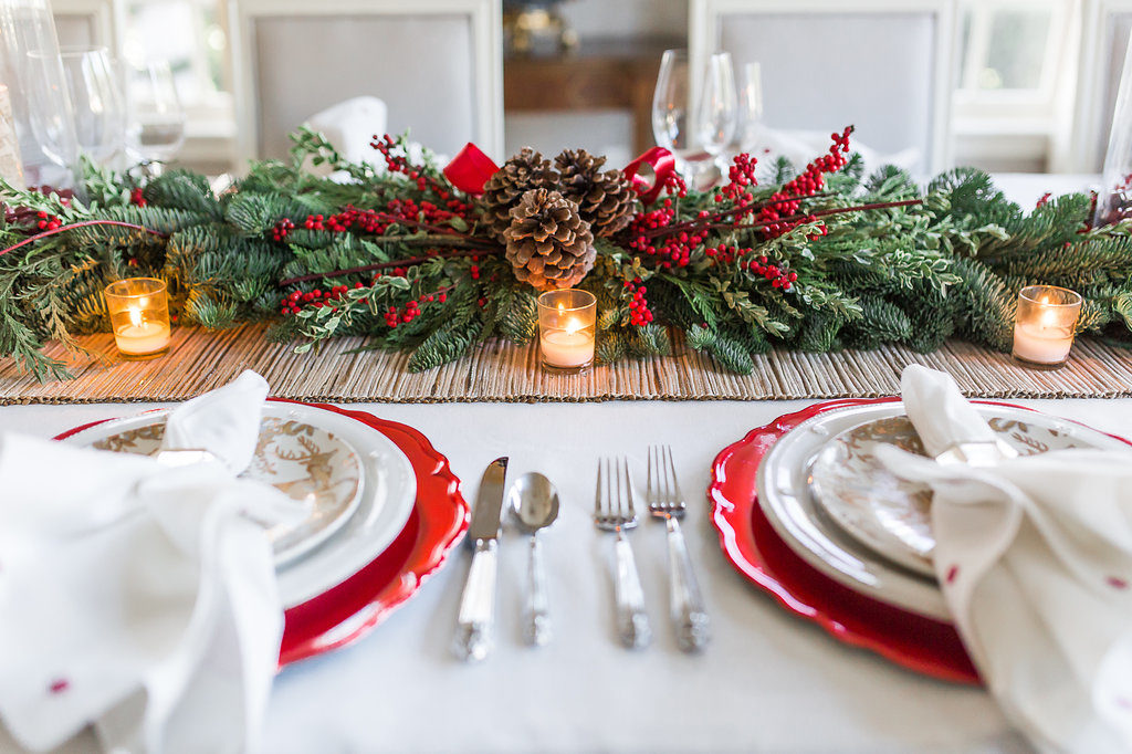 Traditional Christmas Menu, Elegant Christmas Tablescape, Easy Christmas Tablescape, How to decorate your table for Christmas, Nicholson Hardie greenery,