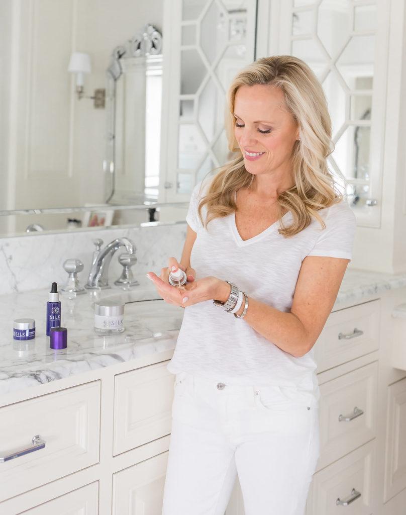 Alicia Wood, Clean Beauty Blogger, Silk Therapeutics Skin Care