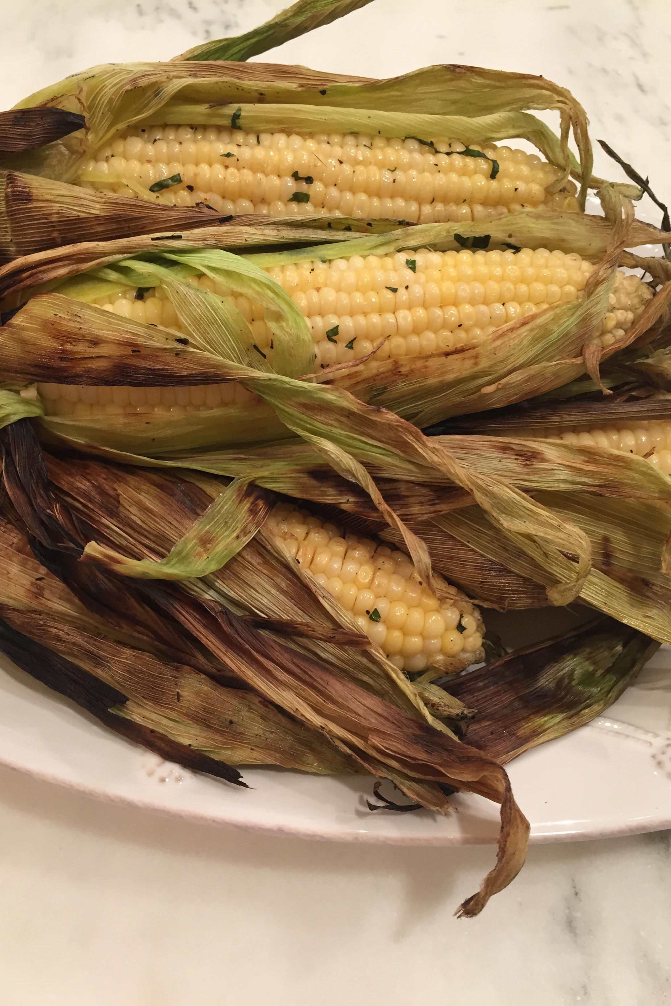 Basil Garlic Grilled Corn on the Cob • The Lush List ...