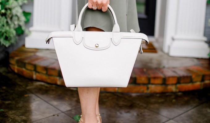 Summer Must-Have: A White Handbag