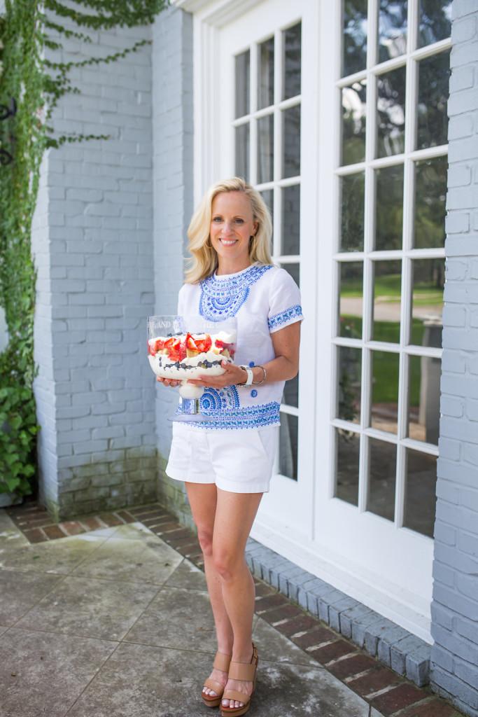 Alicia Wood, Dallas Fashion Blogger, Dallas Lifestyle Blogger, Dallas Food Blogger, Patriotic Trifle, Red white and blue dessert, July 4th Dessert