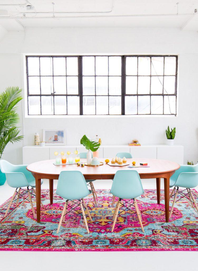 Sugar and Cloth, Family Room, Pink Rug, Dallas Interior Blog, Dallas Lifestyle Blogger, Colorful Family room,