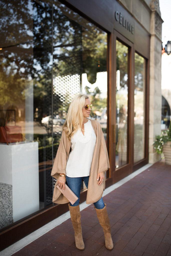 Travel Wrap, Alpaca Cape, Ugg Boots, Dallas Style Blogger, Cuyana Clutch