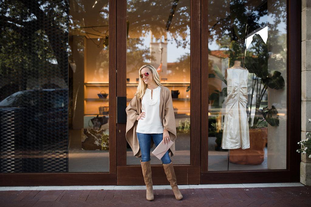 Alicia Wood, Dallas Style Blogger, Dallas Fashion blogger, Cuyana, Classic Alpaca Cape