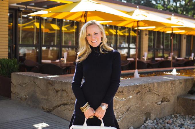 Alicia Wood, Dallas Fashion Blogger, Dallas Style Blogger, Dallas Lifestyle Blogger, Dallas Lifestyle Expert, Shopbop sale, Navy Dress, Sweater Dress, Demylee Danny Dress
