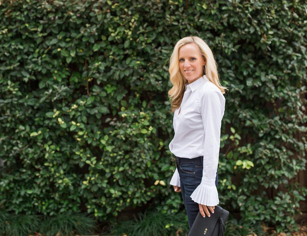 Alicia Wood, Dallas Fashion Blogger, Dallas Lifestyle Blogger, Banana Republic White ruffle Sleeve top, Riley-Fit White Pleated Cuff Shirt