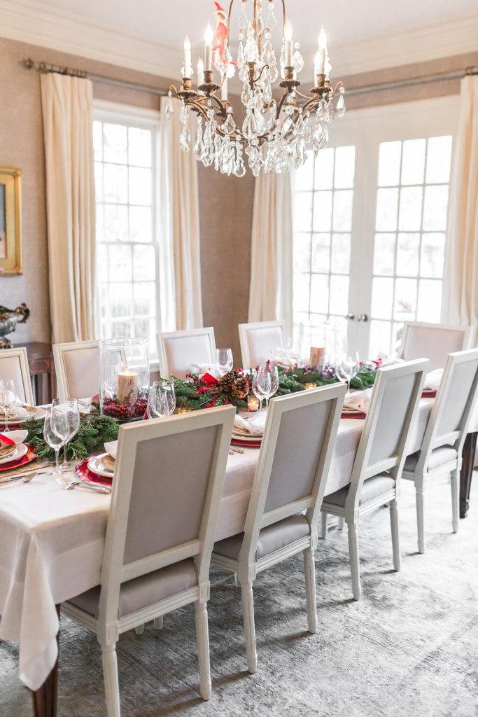 Alicia Wood, Elegant Christmas Tablescape, Easy Christmas Tablescape, How to decorate your table for Christmas, Christmas Table decor