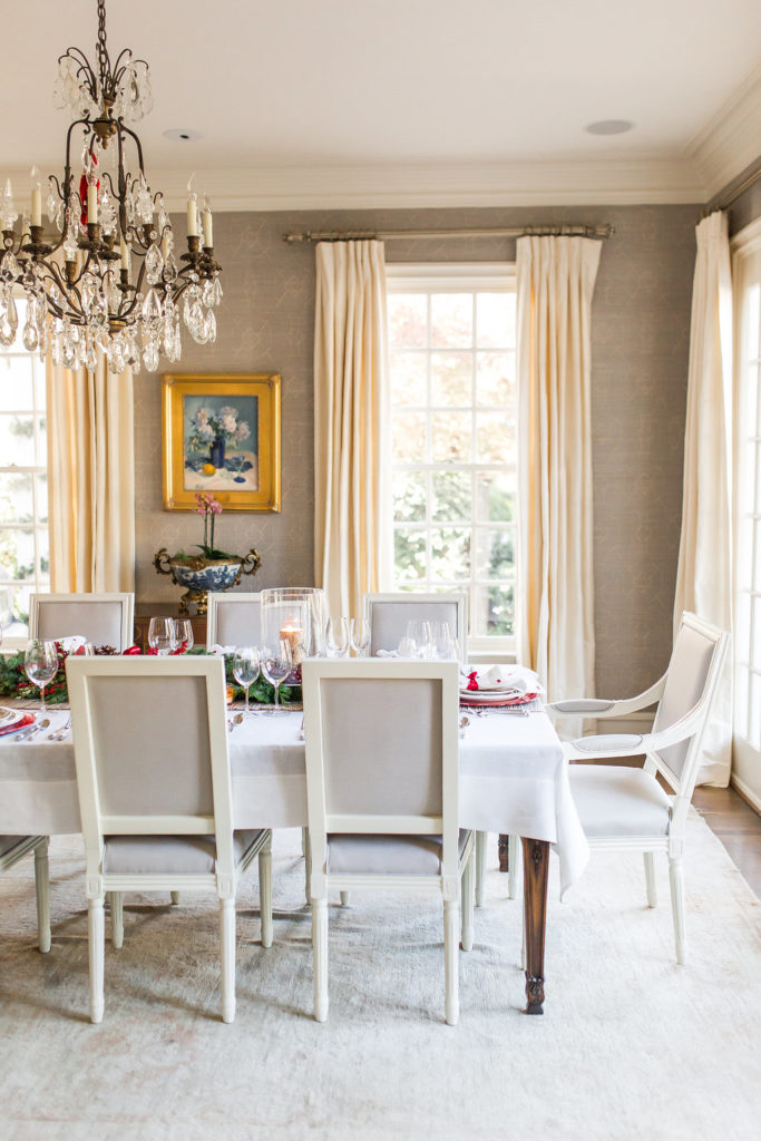 Christmas Dining Table Decor, How to decorate for Christmas, Christmas Tabletop
