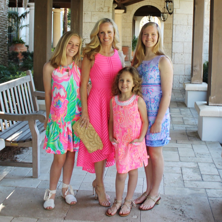 What to Wear for Bingo at The Cloiseters, Family Dressed for Sea Island Bingo, Family Dressed in Lilly Pulitzer Resort 365