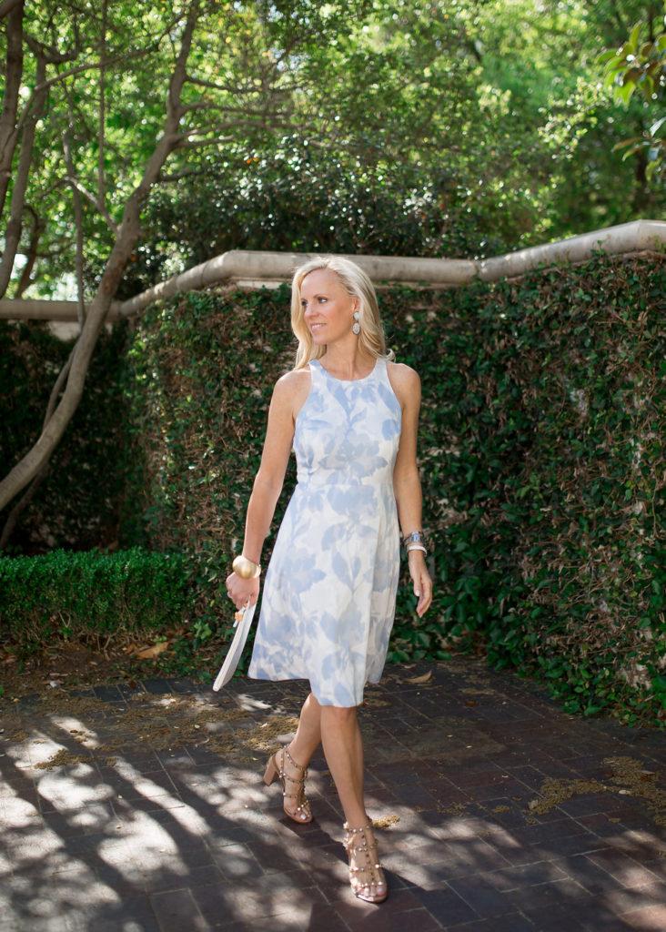 Alicia Wood, Dallas Lifestyle Blogger, Dallas Lifestyle Expert, Dallas Fashion Blogger, Banana Republic Petite Floral Dress