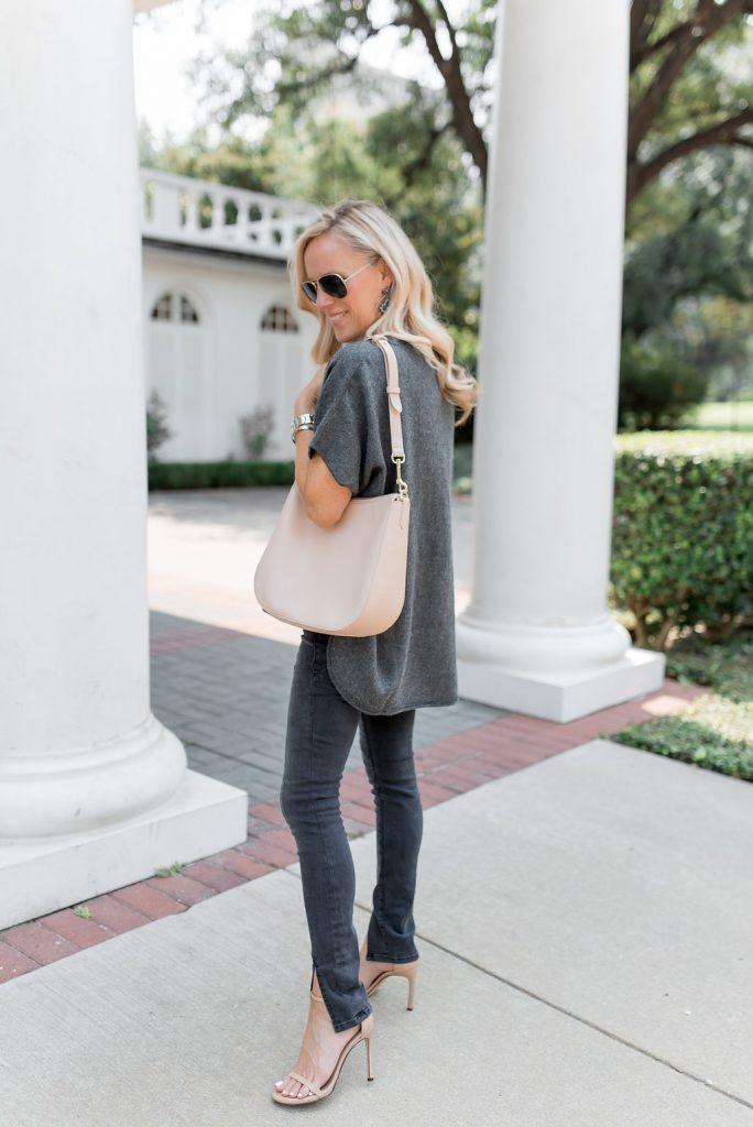 Alicia Wood, Dallas Lifestyle Expert, Cuyana Hobo in Blush, Cuyana Oversized Alpaca Sweater, Frame Le Skinny De Jeanne Split Front Jean