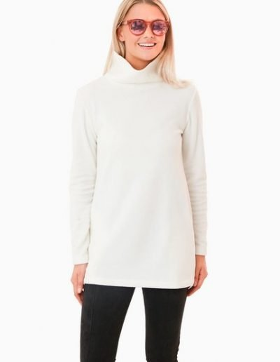 Dudley Stephens Off White Fleece-Alicia Wood Lifestyle Fall Style