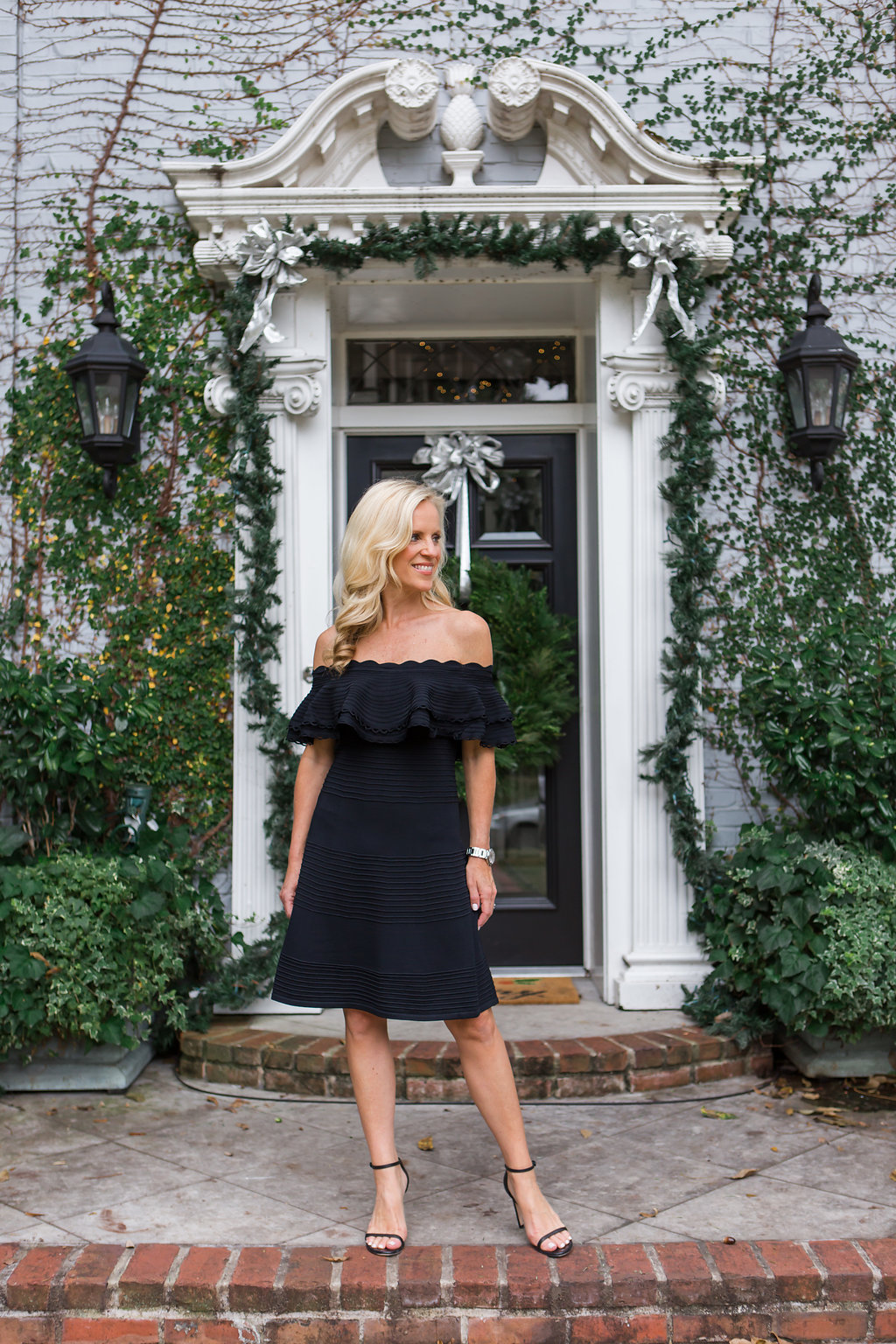 Alicia Wood, Dallas Lifestyle Blogger, Best Black Friday Sales, LBD, Eliza J Fit and Flare