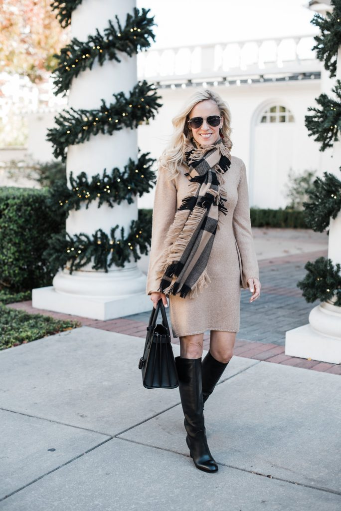 Alicia Wood, Dallas Lifestyle Blogger, Burberry Fringe Scarf