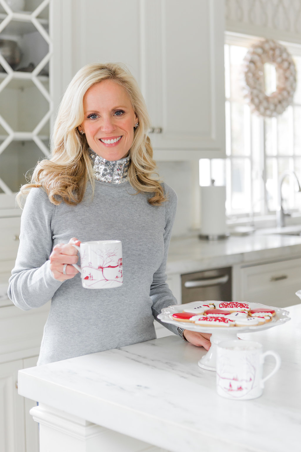Alicia Wood, Dallas Lifestyle Blogger, Dallas Fashion Blogger, White Hot Chocolate, Williams Sonoma Peppermint
