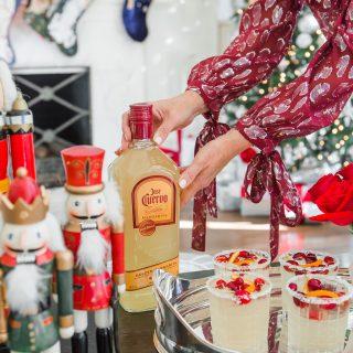 Jose Cuervo Golden Margarita, Easy Holiday Entertaining, Christmas Margarita