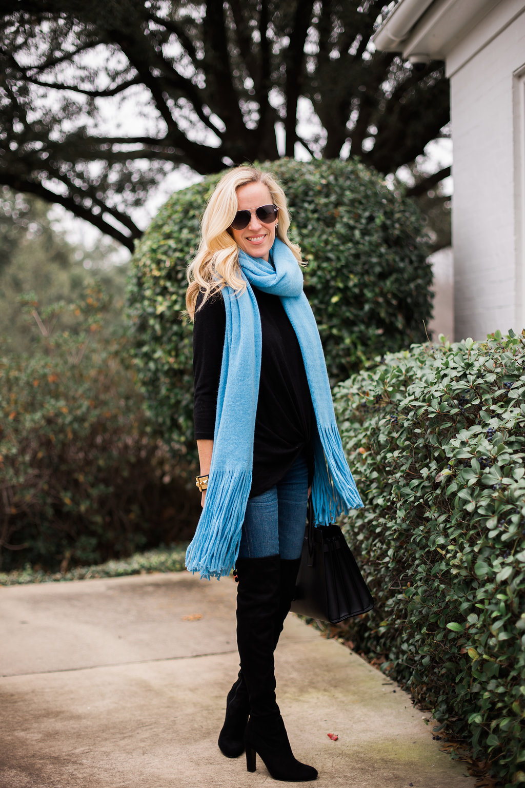 Alicia Wood, Dallas Lifestyle Blogger, Free People Scarf, Free People Fringe Scarf, Black OTK Boots on Sale