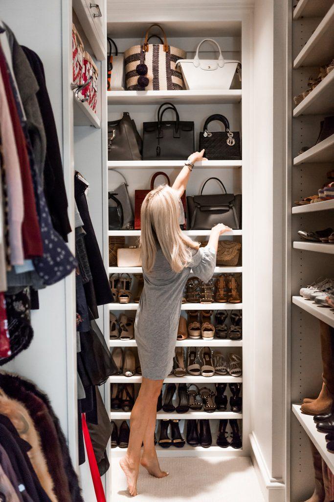 Alicia Wood, Dallas Lifestyle blogger, Dallas Fashion Blogger, Dallas Lifestyle Expert, Tips to Organize your Closet Like a Pro