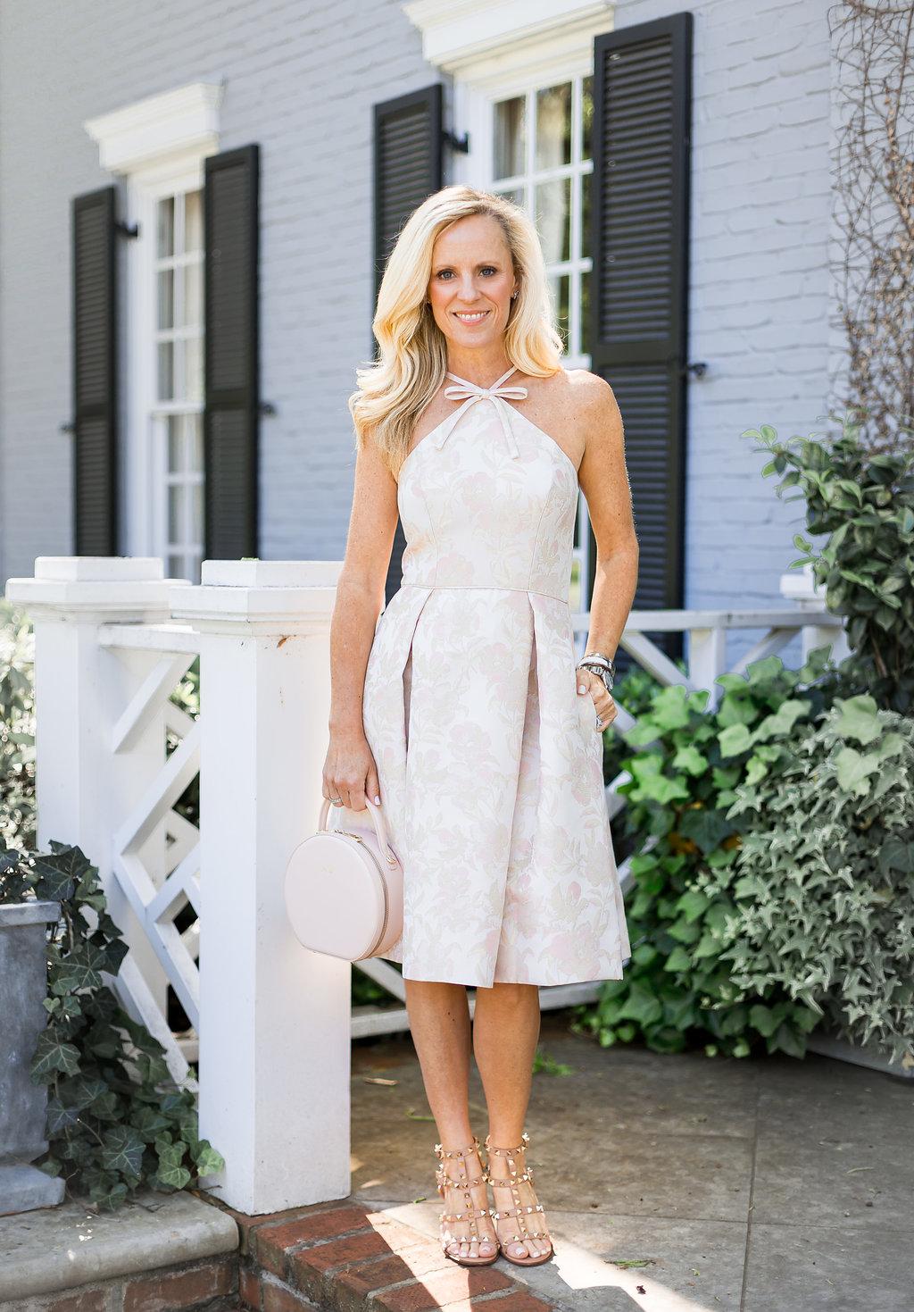 Alicia Wood, Dallas Fashion Blogger, Dallas Lifestyle Blogger, Gal Meets Glam Evelyn Dress, Julia Hengle, The Daily Edited Circle Bag,