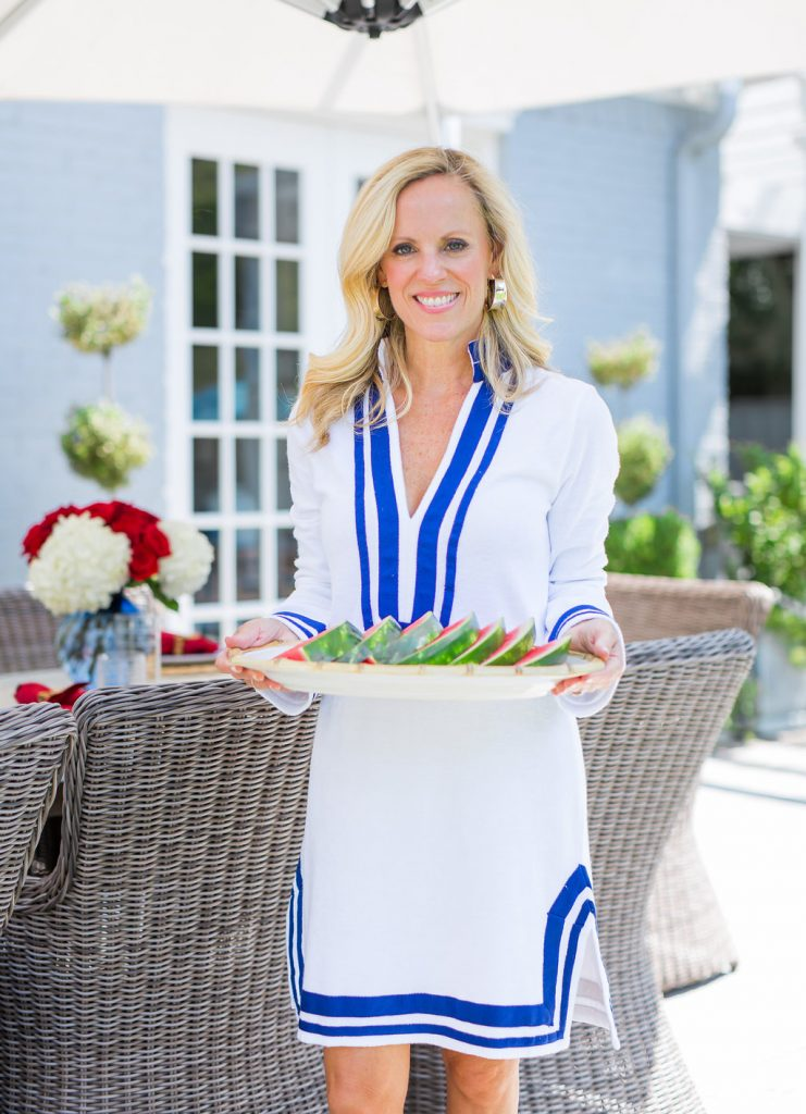 Alicia Wood, Dallas Lifestyle Blogger, Dallas Fashion Blogger, Dallas Home Blogger, July 4th Tablescape, Fourth of July Tablescape, Cabana Life Tunic Dress