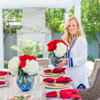 Alicia Wood, Dallas Lifestyle Blogger, Dallas Fashion Blogger, Dallas Home Blogger, July 4th Tablescape, Fourth of July Tablescape, Outdoor Entertaining
