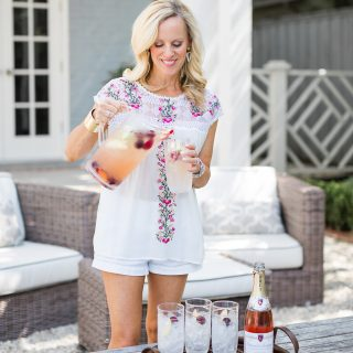 Alicia Wood, Dallas Lifestyle Blogger, Dallas Fashion Blogger, Rosé Sangria Recipe from The Ivy