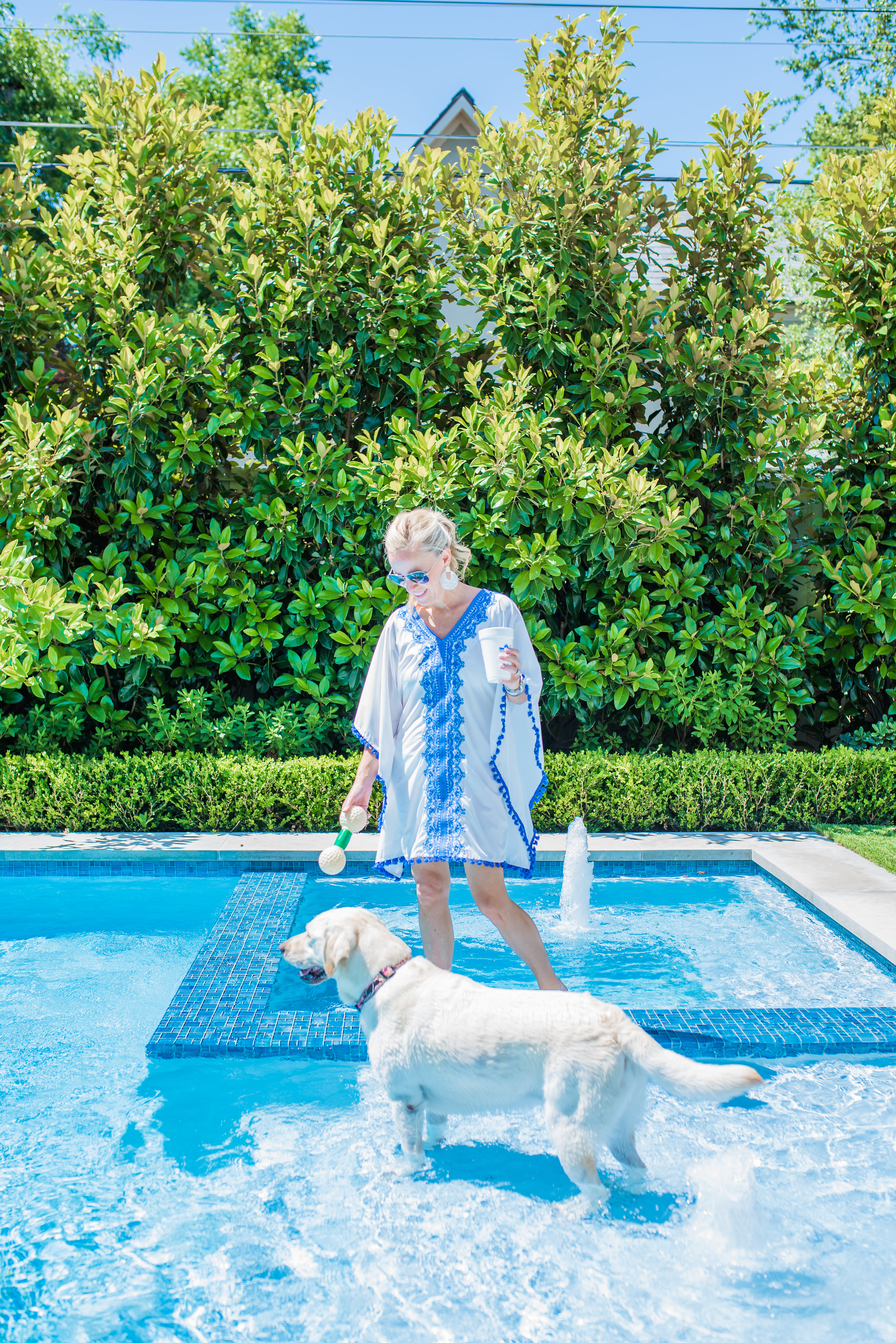 Alicia Wood, Dallas Lifestyle Blogger, Dallas Fashion Blogger, Cabana Life Cover Up, Playing Fetch with a Yellow Lab