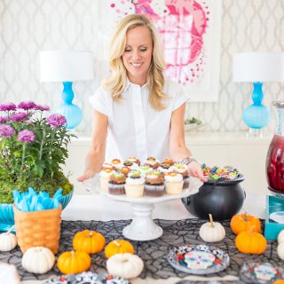Alicia Wood, Dallas Lifestyle Expert, Dallas Lifestyle Blogger, Dallas Fashion Blogger, Halloween Entertaining Ideas, Dia De Los Muertos Tablescape