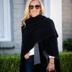 Alicia Wood, Dallas Lifestyle Expert, Dallas Lifestyle blogger, Dallas Fashion Blogger, Travel Wardrobe, Banana Republic Reversible Poncho,