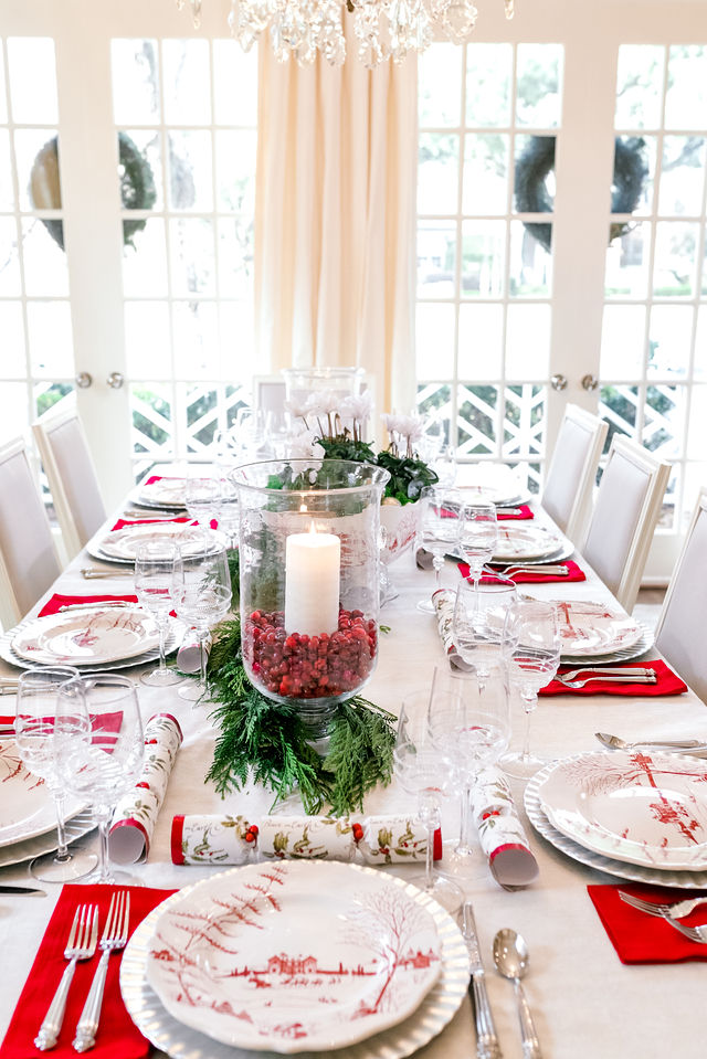 Juliska Centerpiece Bowl, Christmas Centerpiece, Christmas Tablescape, Juliska Winter Frolic, Red and Silver Christmas Tablescape, Red and White Christmas Tablescape, Christmas Crackers