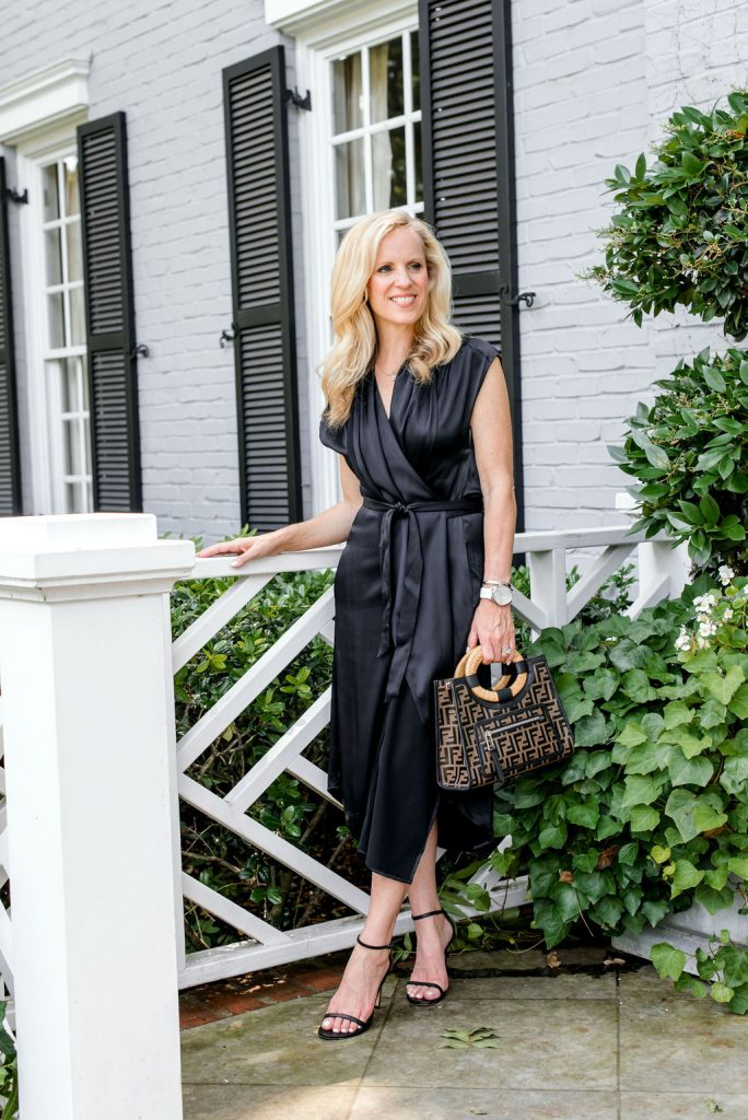 Alicia Wood, Dallas Lifestyle Expert, Dallas Fashion Blogger, Fendi Runaway Logo Leather Shopper